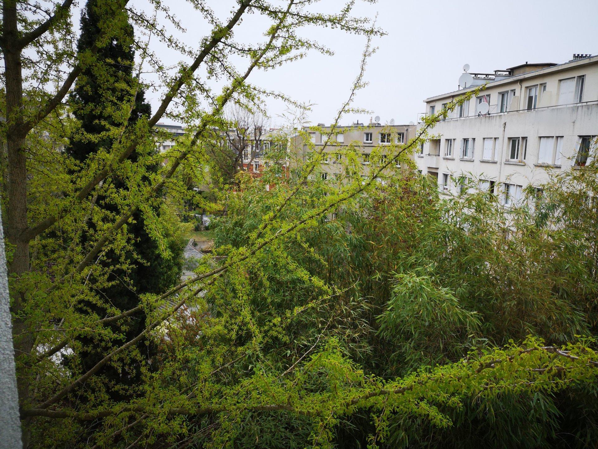 GARE DE COLOMBES - BUREAUX
