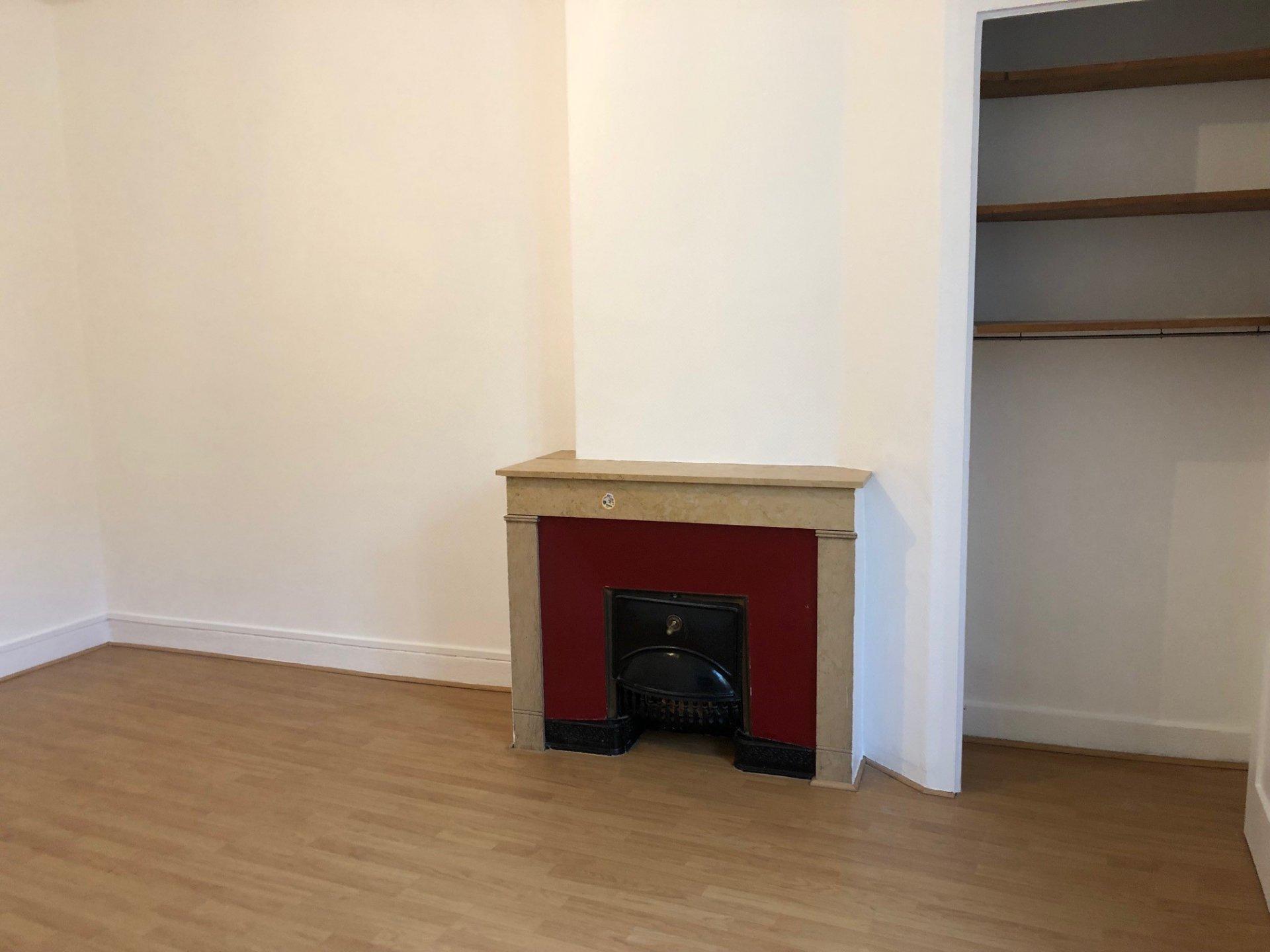 SAINT-ETIENNE CARNOT - Appartement T2 rénové