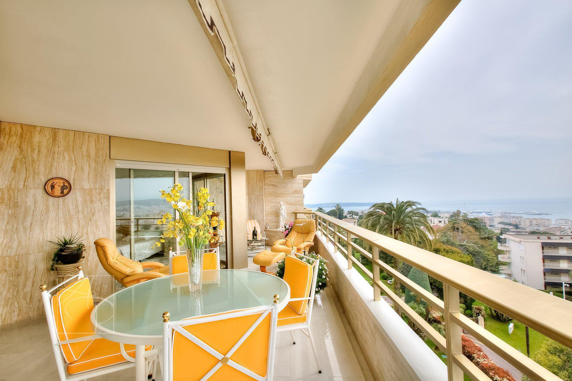 Cannes basse californie LUXUEUSE RESIDENCE PROCHE DU CENTRE VILLE VUE MER ET PISCINE