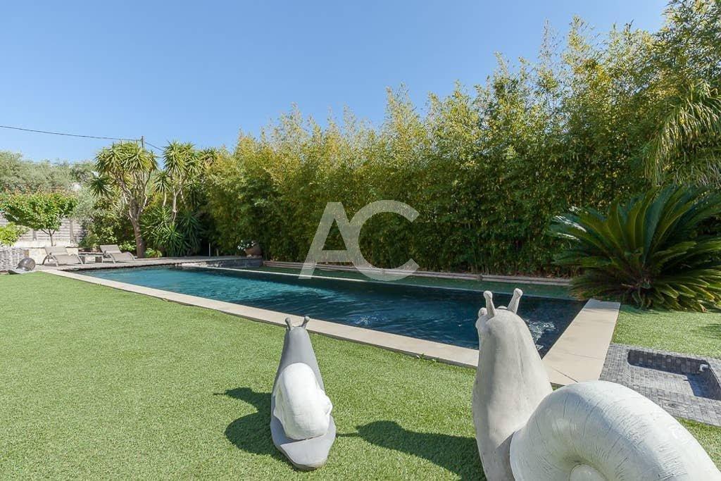 Современная вилла с бассейном - Жуан ле Пен
