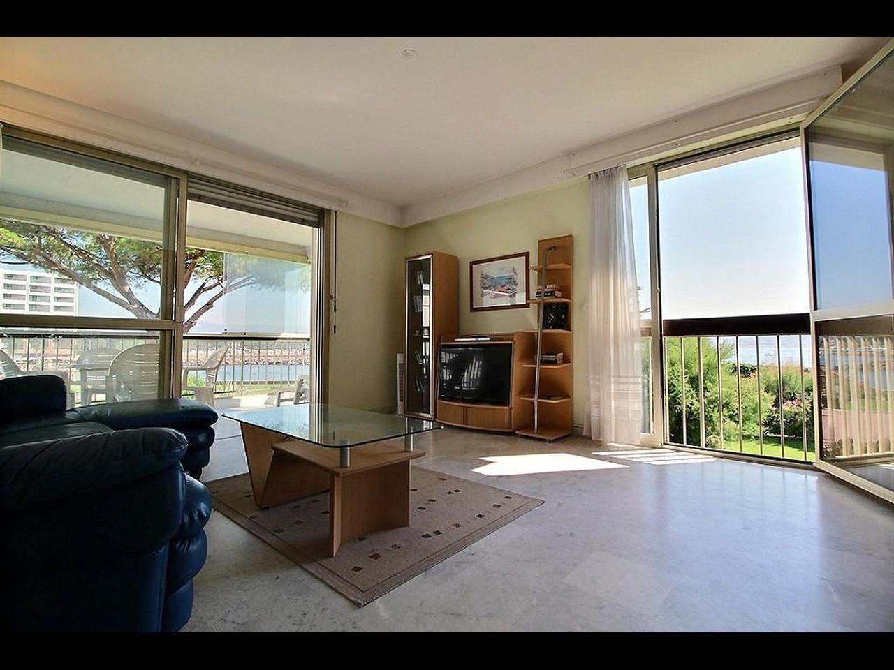 Vente Appartement - Mandelieu-la-Napoule La Napoule