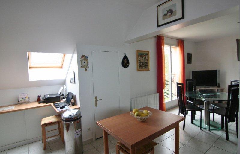 Appartement F2 avec cave et parking !
