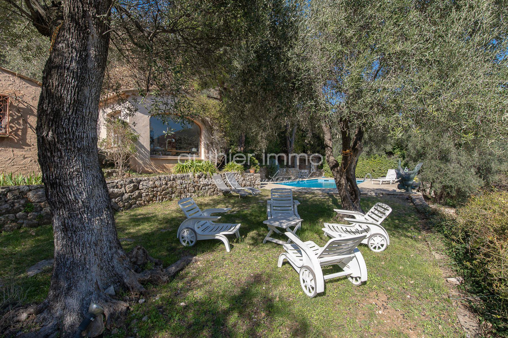 Sale Property - Le Bar-sur-Loup