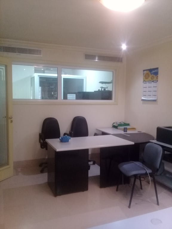 Sale Office - Tunis Cité El Khadra - Tunisia