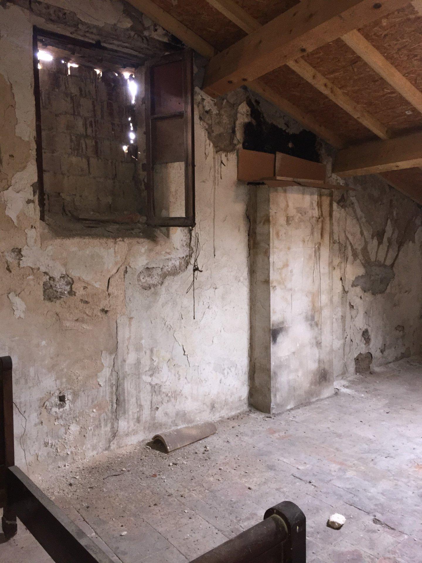 Maison ancienne pleine de charme de 250m² à rénover