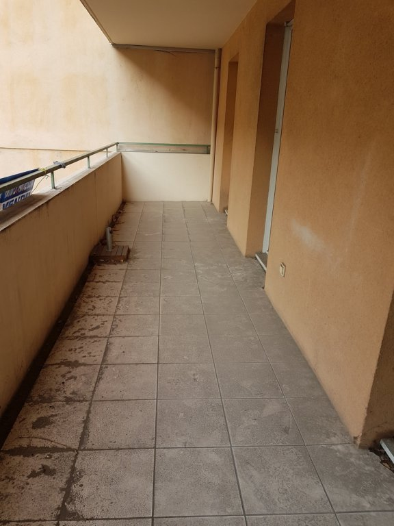 SOUS COMPROMIS /Nice Ouest Spacieux 2 pièces avec terrasse
