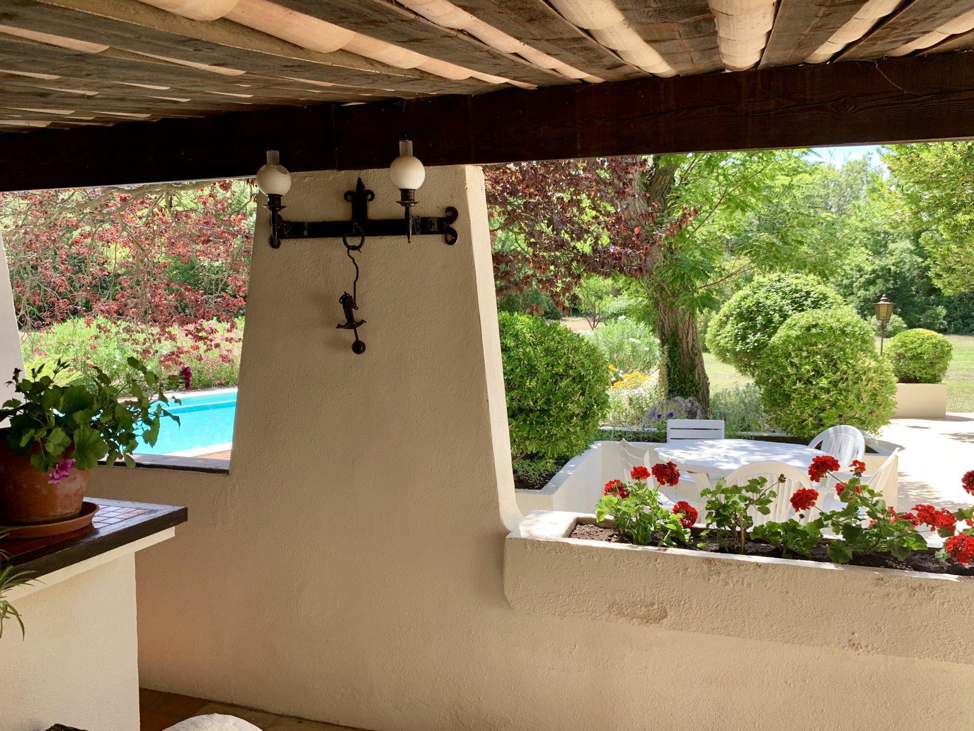 Villa Country Club / Aix-en-Provence