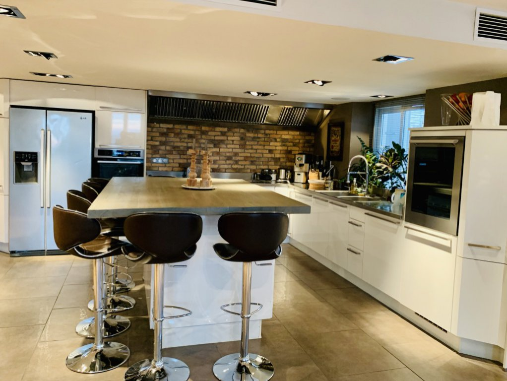 Stainless steel, kitchen island, kitchen bar