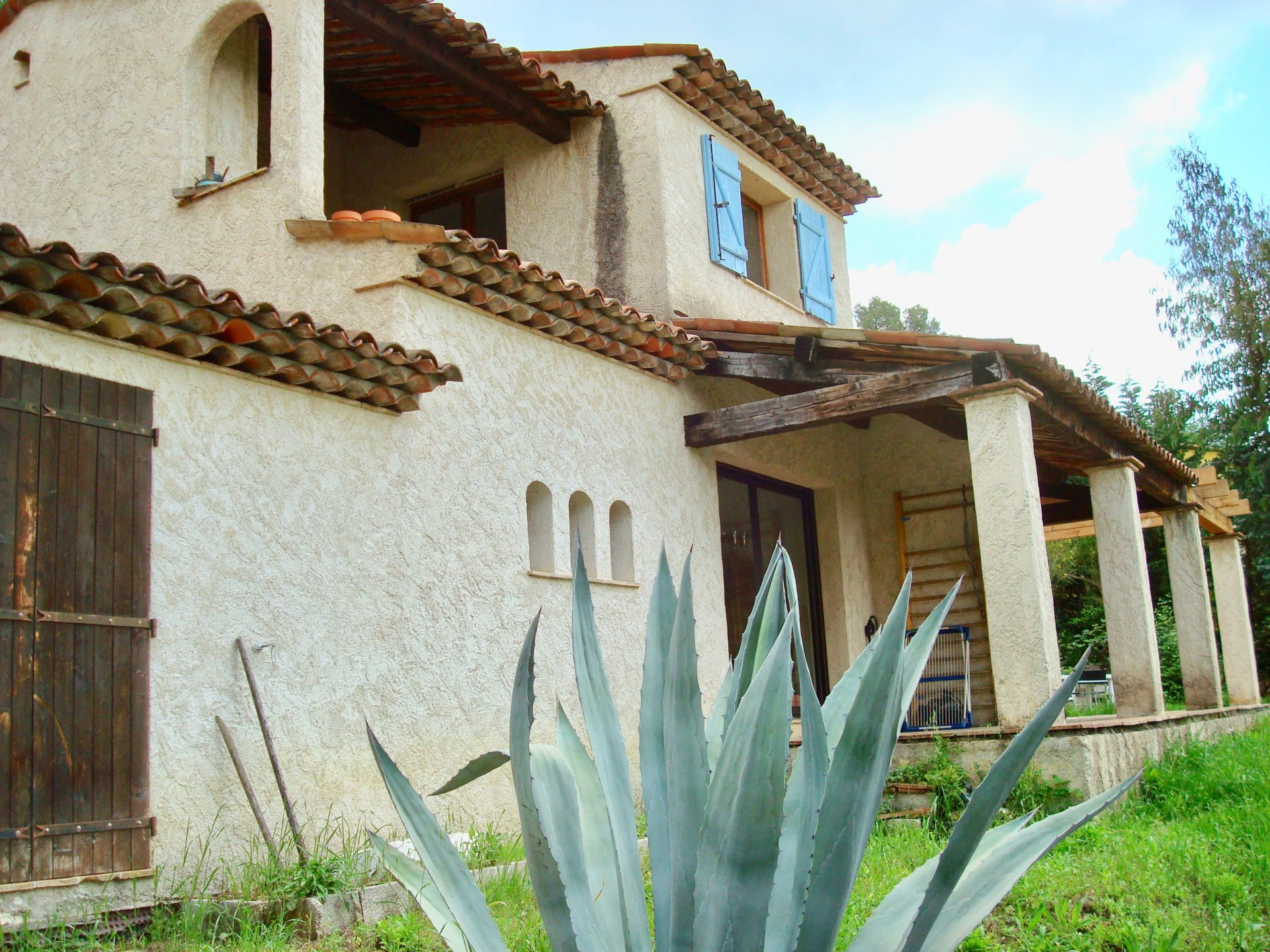 House for sale in Montauroux