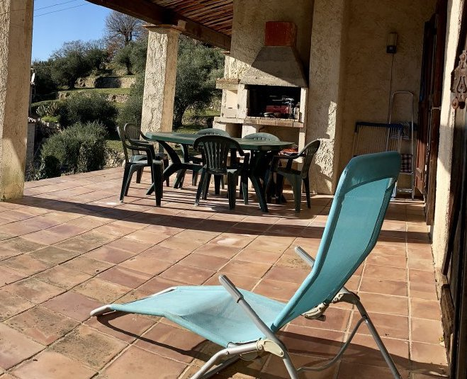 SOLE AGENT - PROVENCAL HOUSE with PANORAMIC VIEW in MONTAUROUX