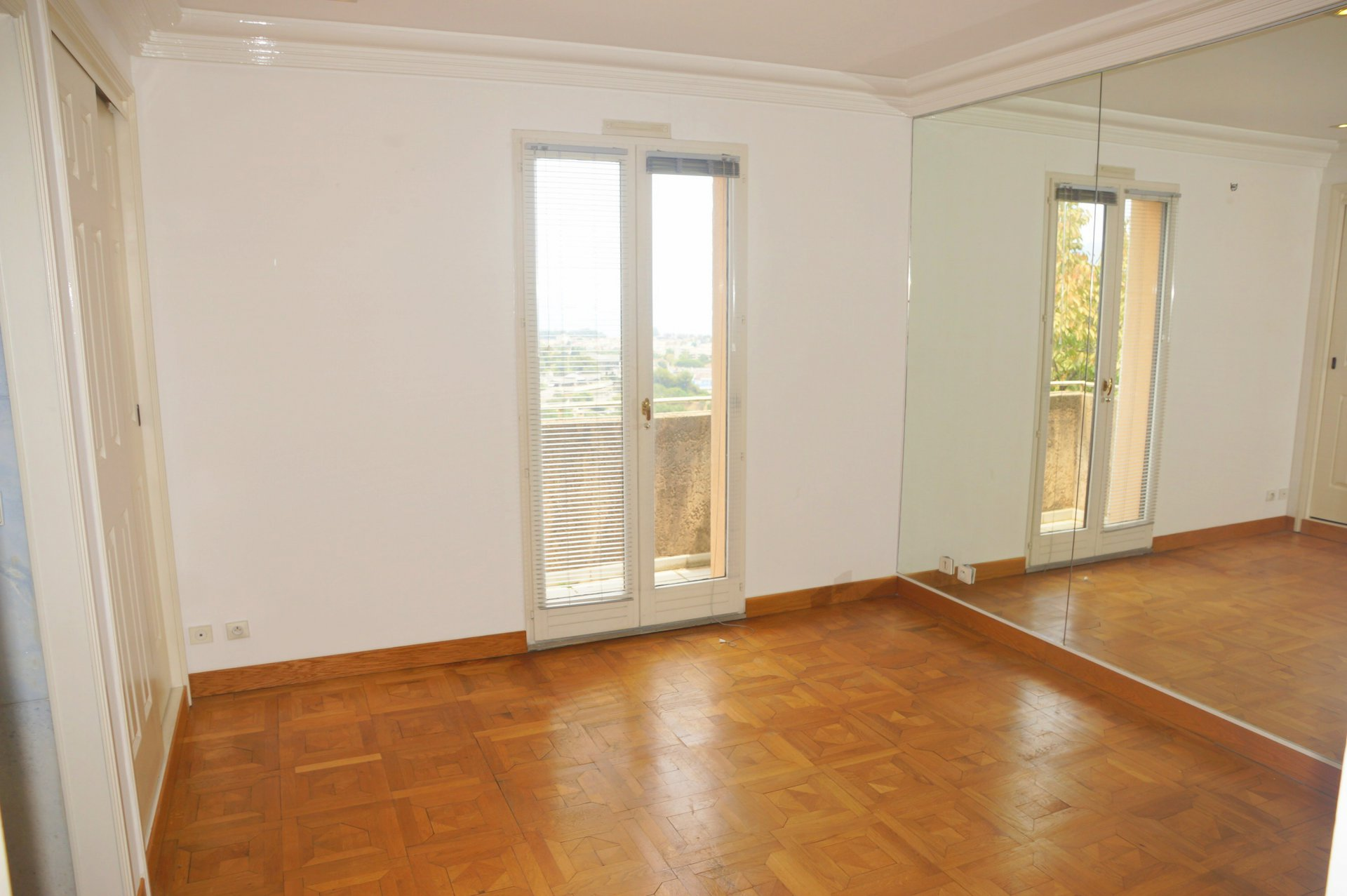 Apartment 4 rooms - VILLENEUVE LOUBET