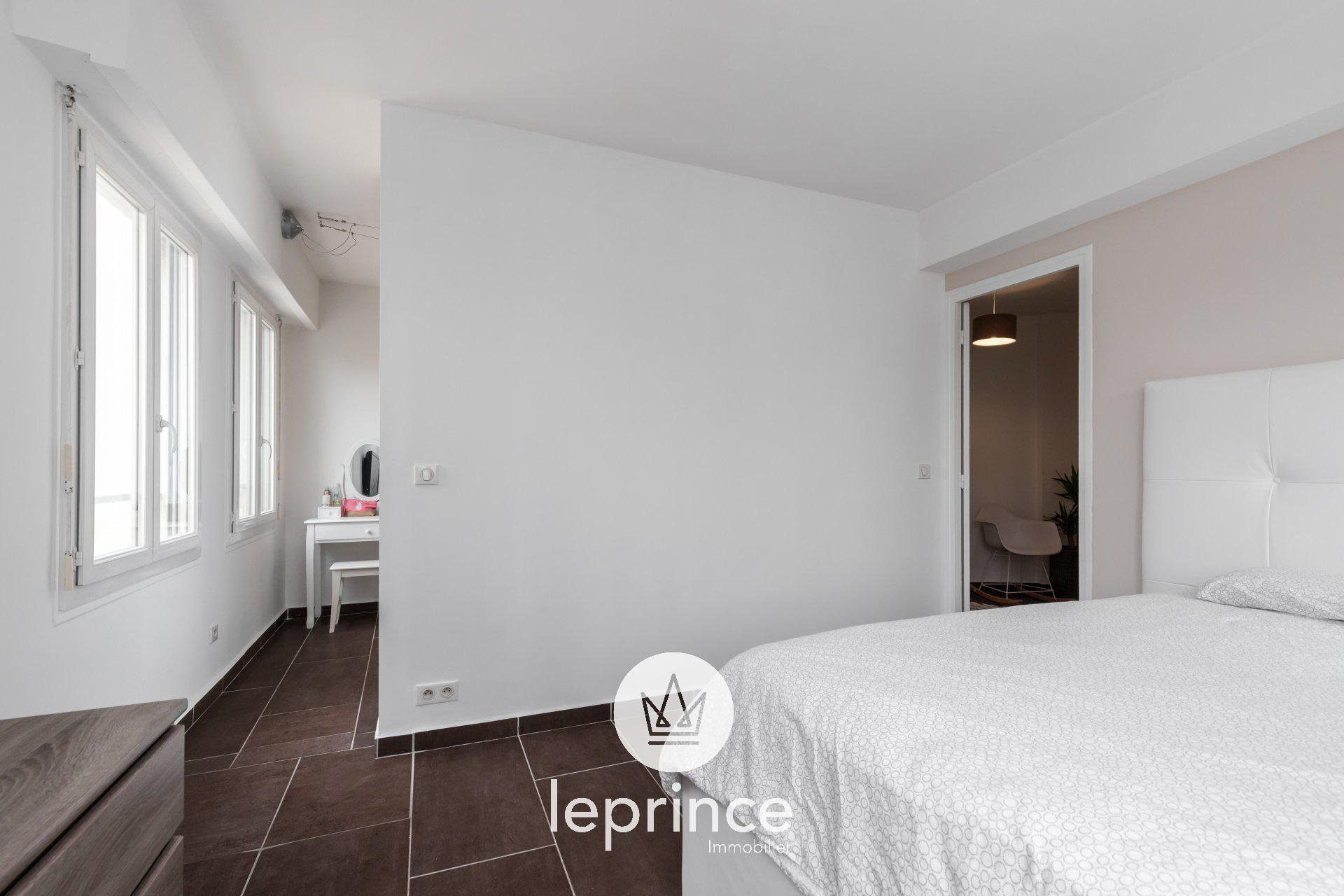 Cannes / Broussailles - 2 rooms 72sqm - Box
