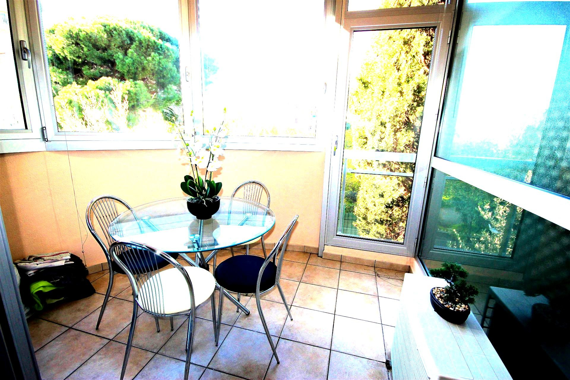 CANNES Sale 2 rooms near all amenities and beaches