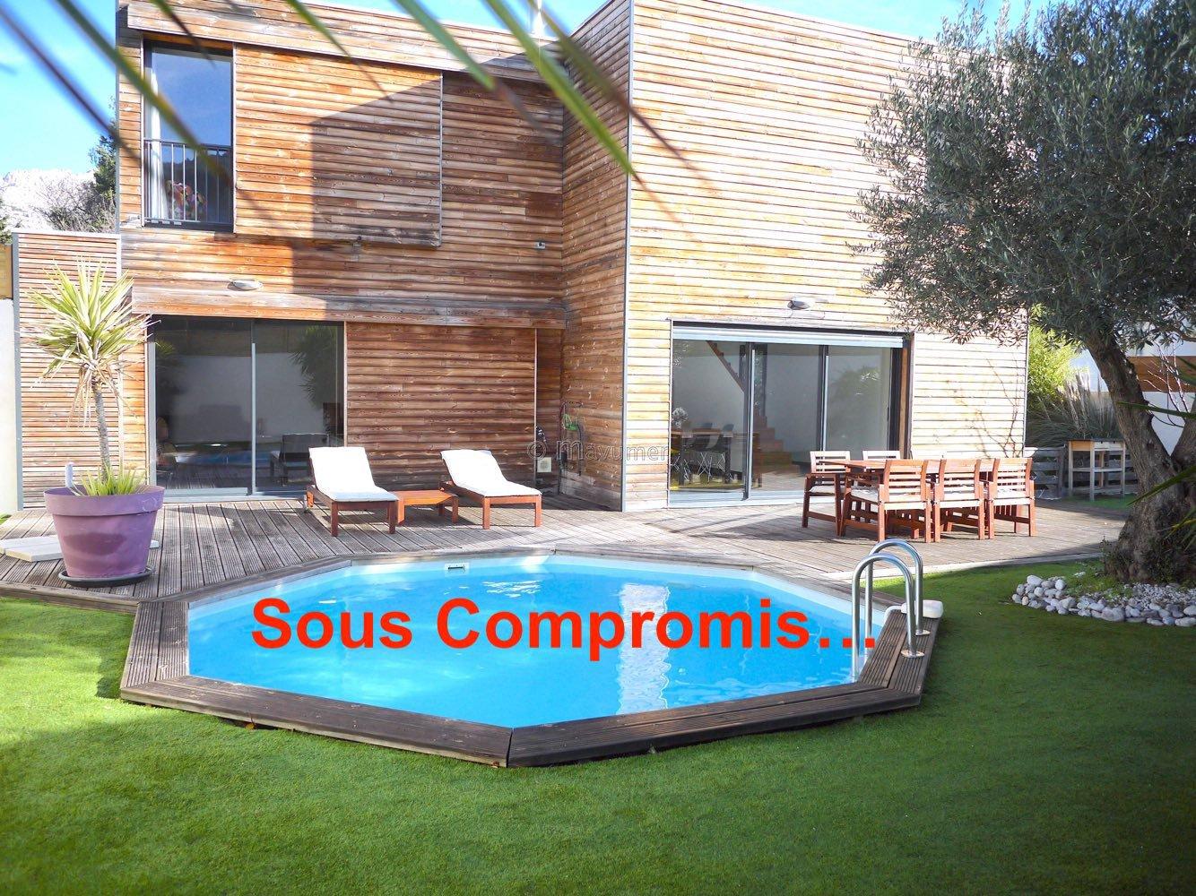 Sale Villa - Marseille 9ème