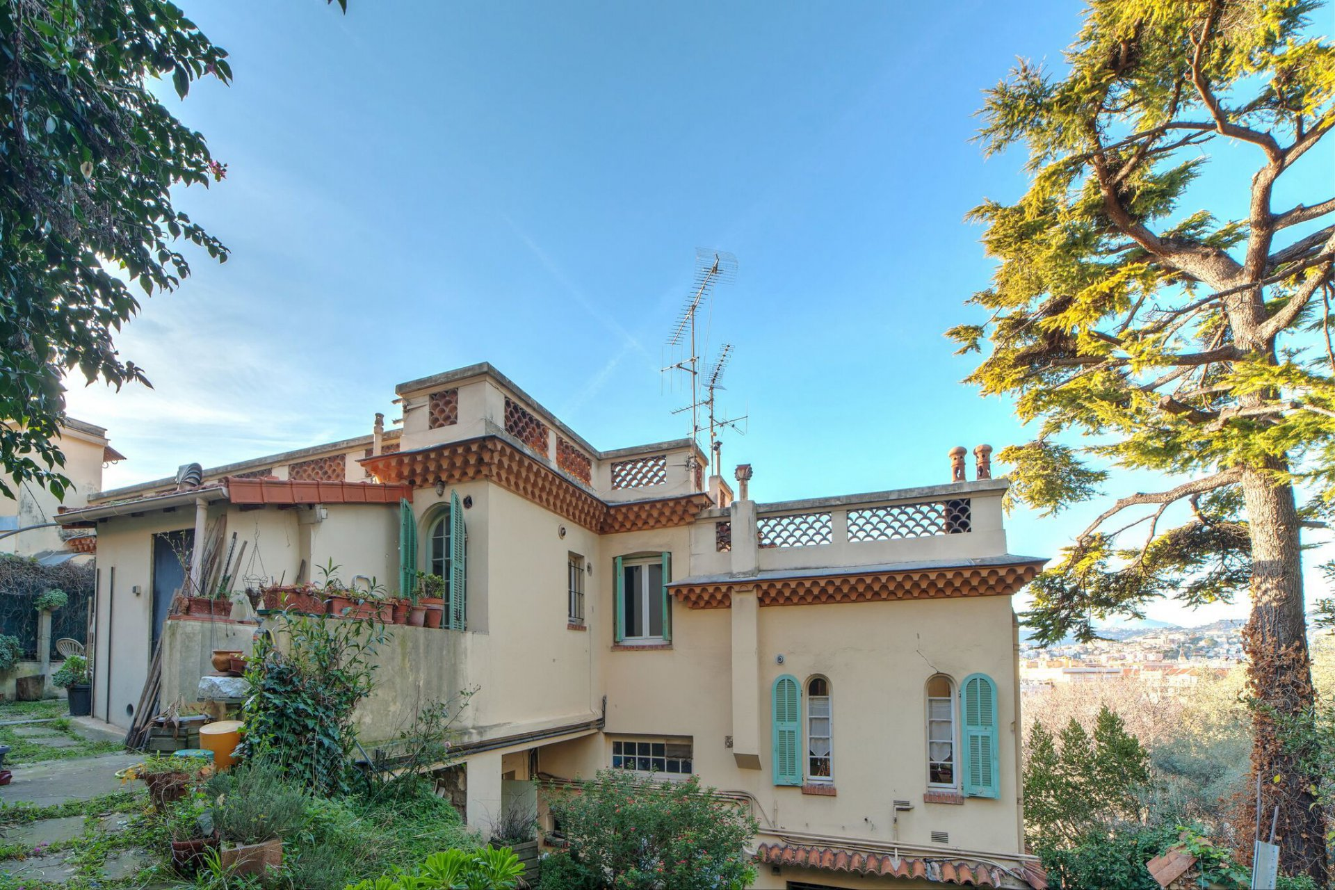 Port of Nice - apartment  villa with garden
