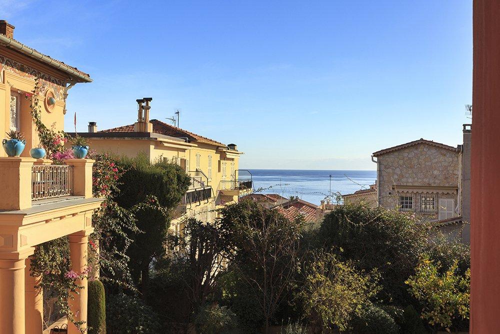 Saint Jean Cap Ferrat, 4 pièces avec jardin, vue mer.