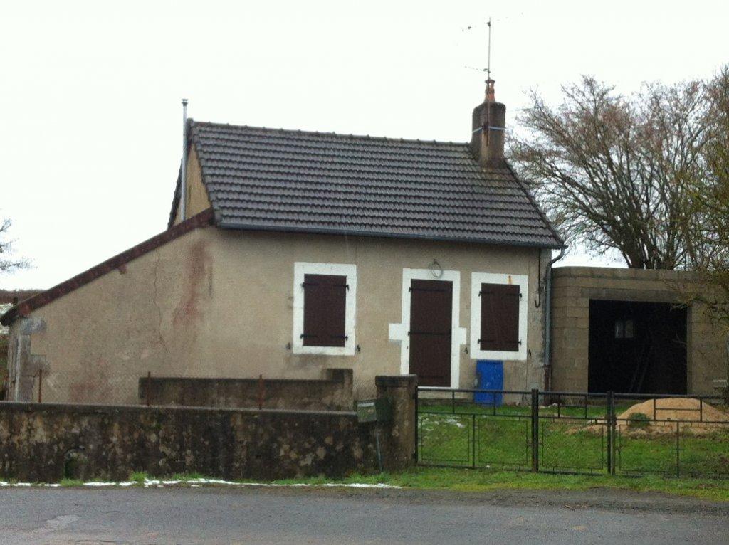 Leuk huisje in zeer goede staat te koop in de Bourgogne