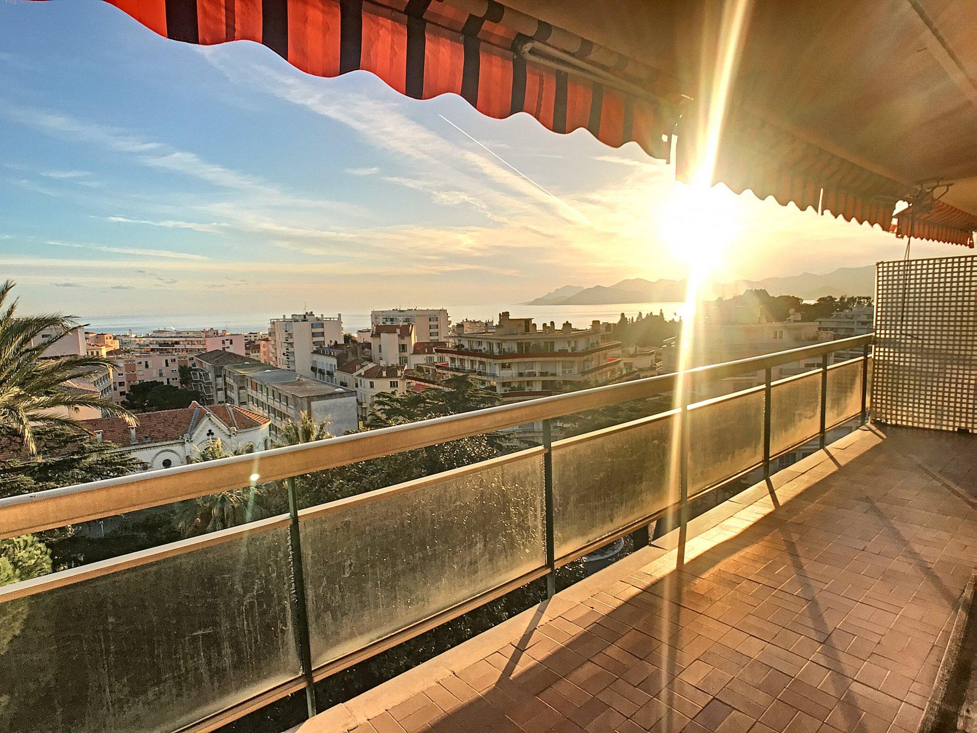 Cannes Stanislas, 3 bedroom panoramic seaview