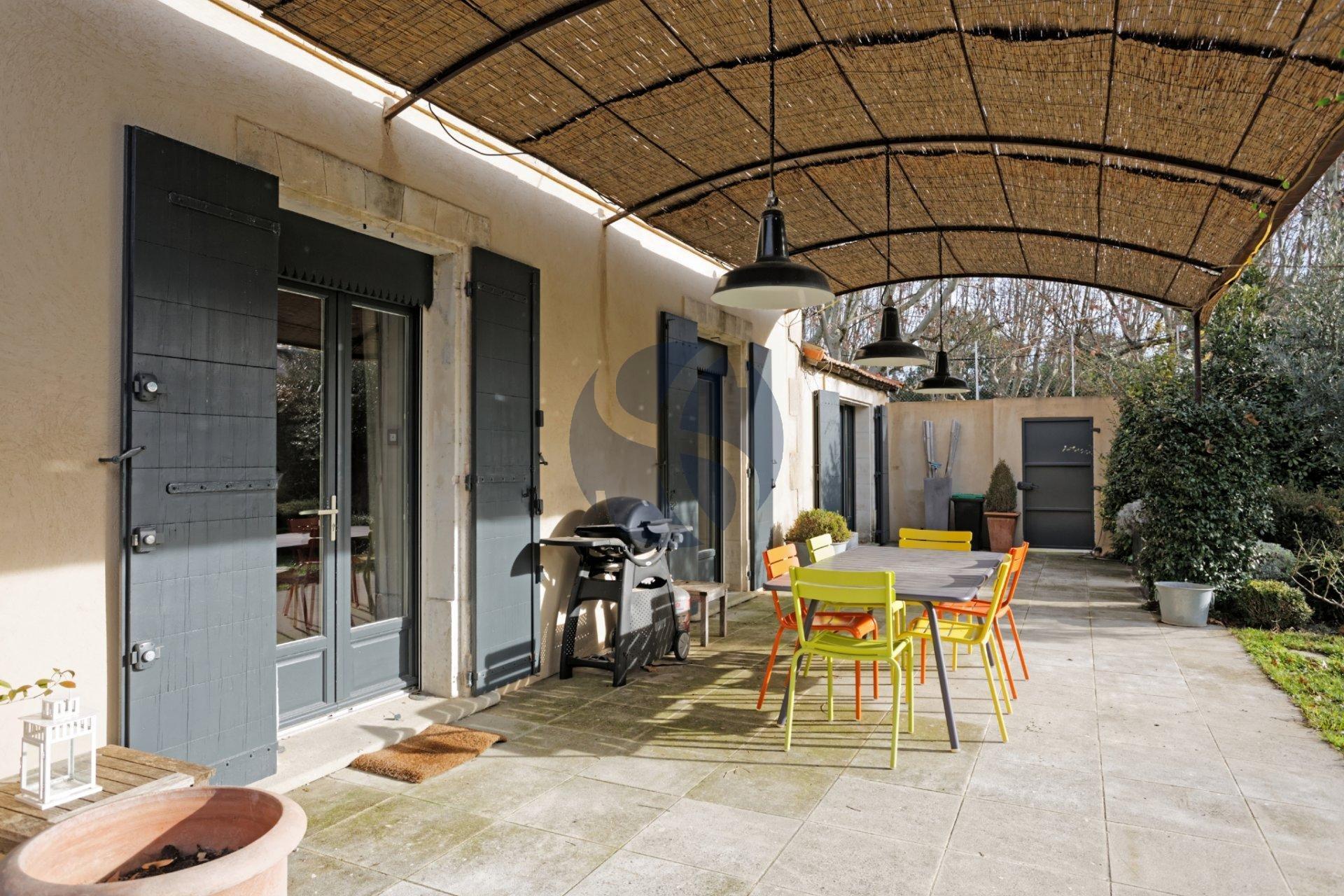 Villa to rent close to St Rémy de Provence