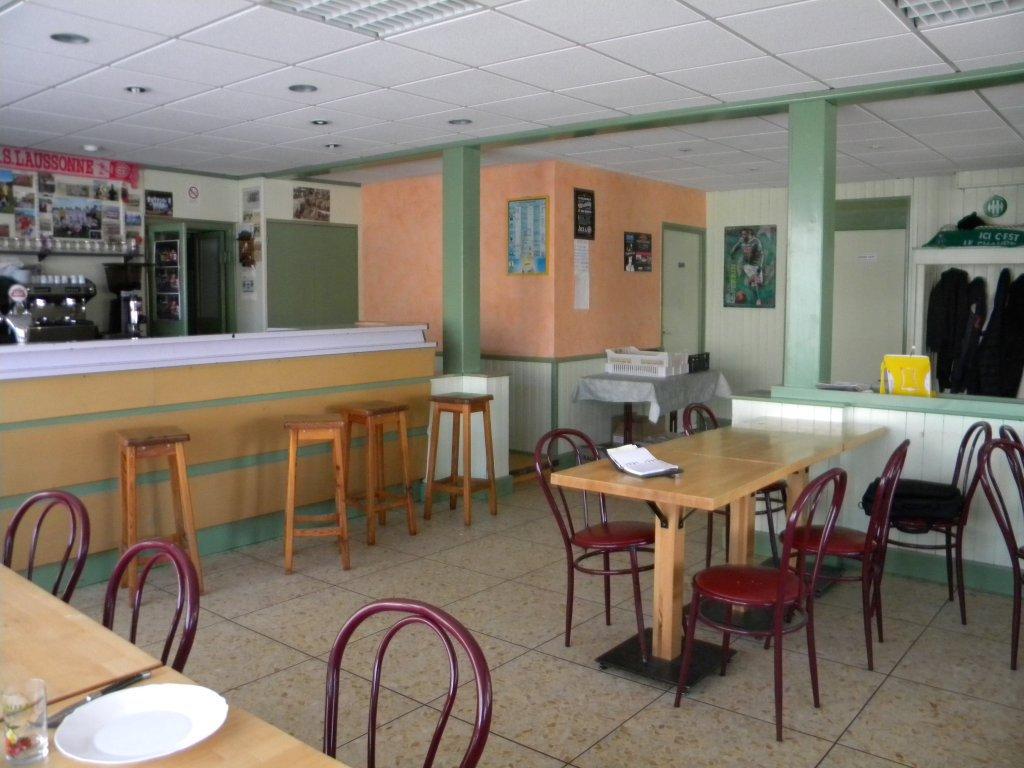Sale Building - Laussonne