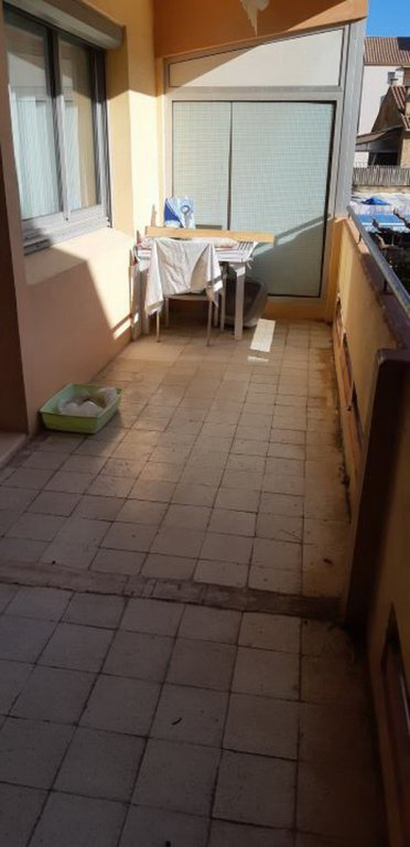 Nice apartment with terrace close to the beach