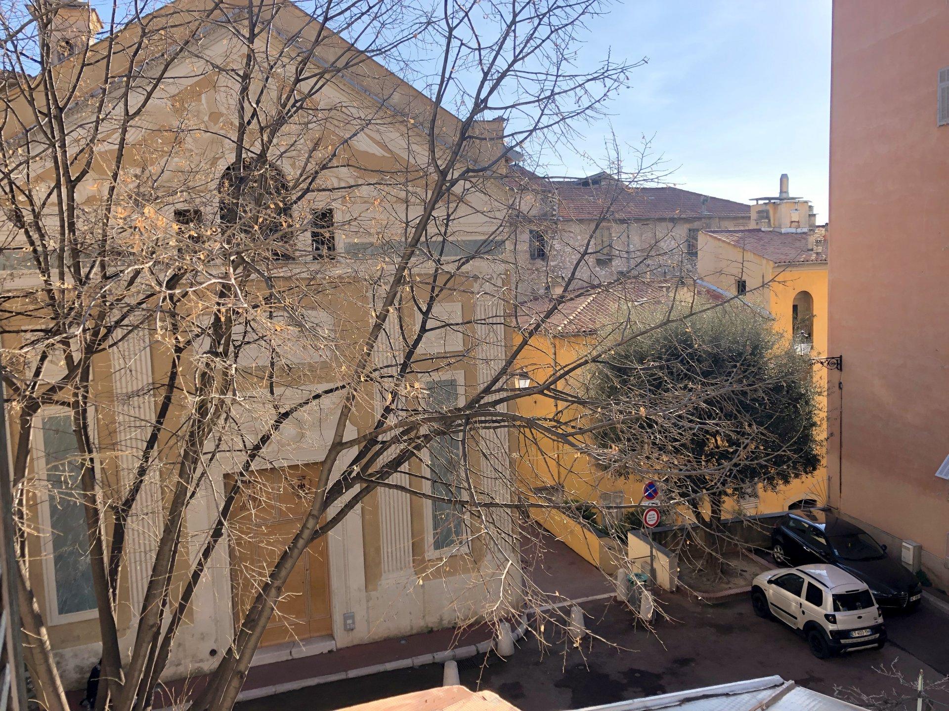Location Nice, 2 pièces 34.81m² situé dans la vieille ville