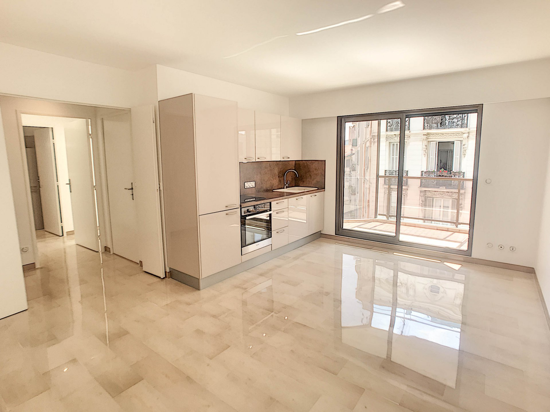 SALE Apartment 3 Room Nice Carré D'Or Terrace View Renovated