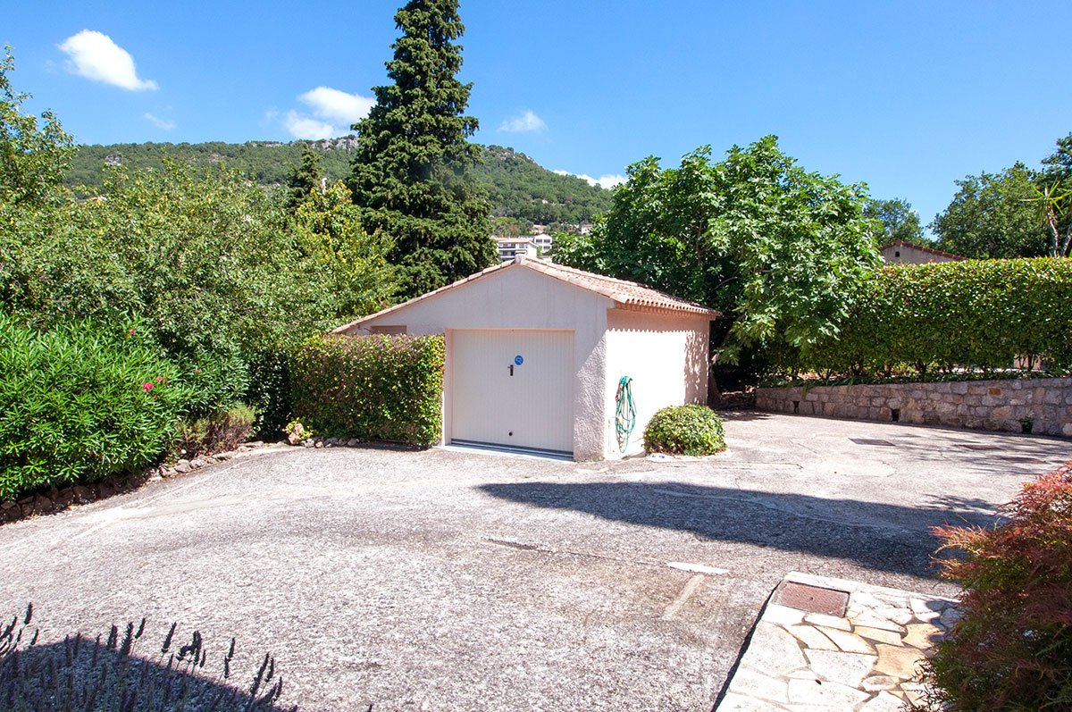 For sale Magagnosc - Pretty Provencal 3 bed villa with lovely views