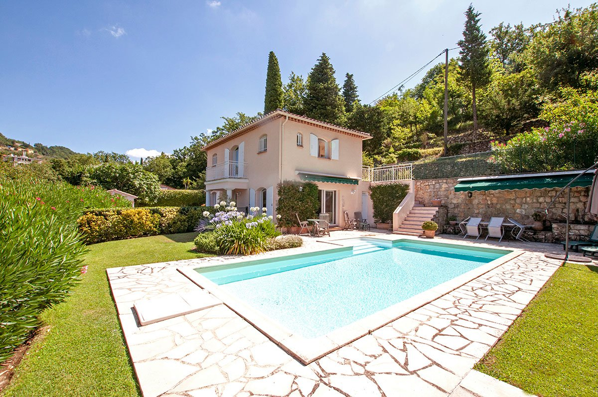 Pretty Provencal 3 bed villa with lovely views - Chateauneuf/Magagnosc