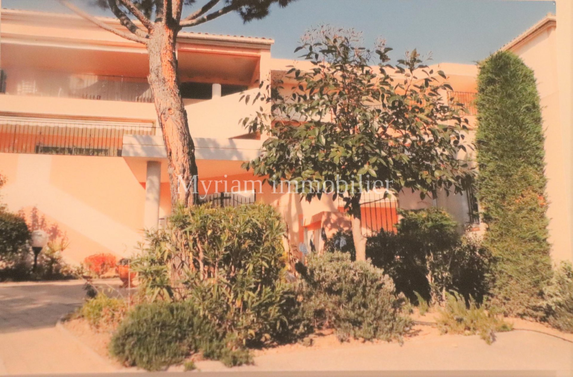 3-room apartment SEA VIEW and Lérins Islands in MANDELIEU