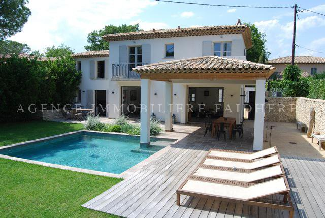Villa with pool, Road of Cartes