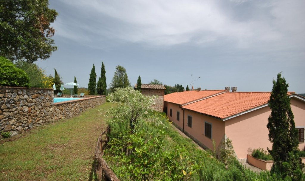 ITALY, TUSCANY, CHIANTI, APPARTMENT 6 PERSONS WITH POOL