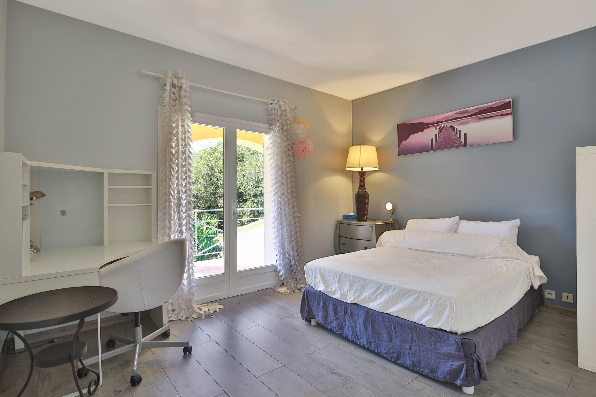 Verkauf Haus - Valbonne - Frankreich