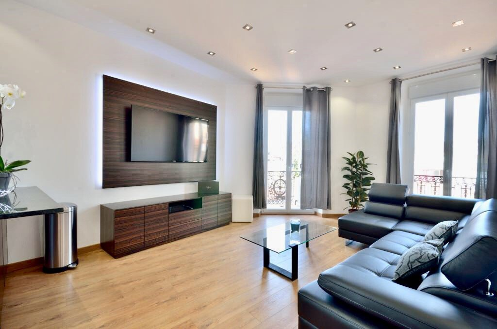 CANNES FULL CENTER LOVELY APPARTMENT FOR SALE