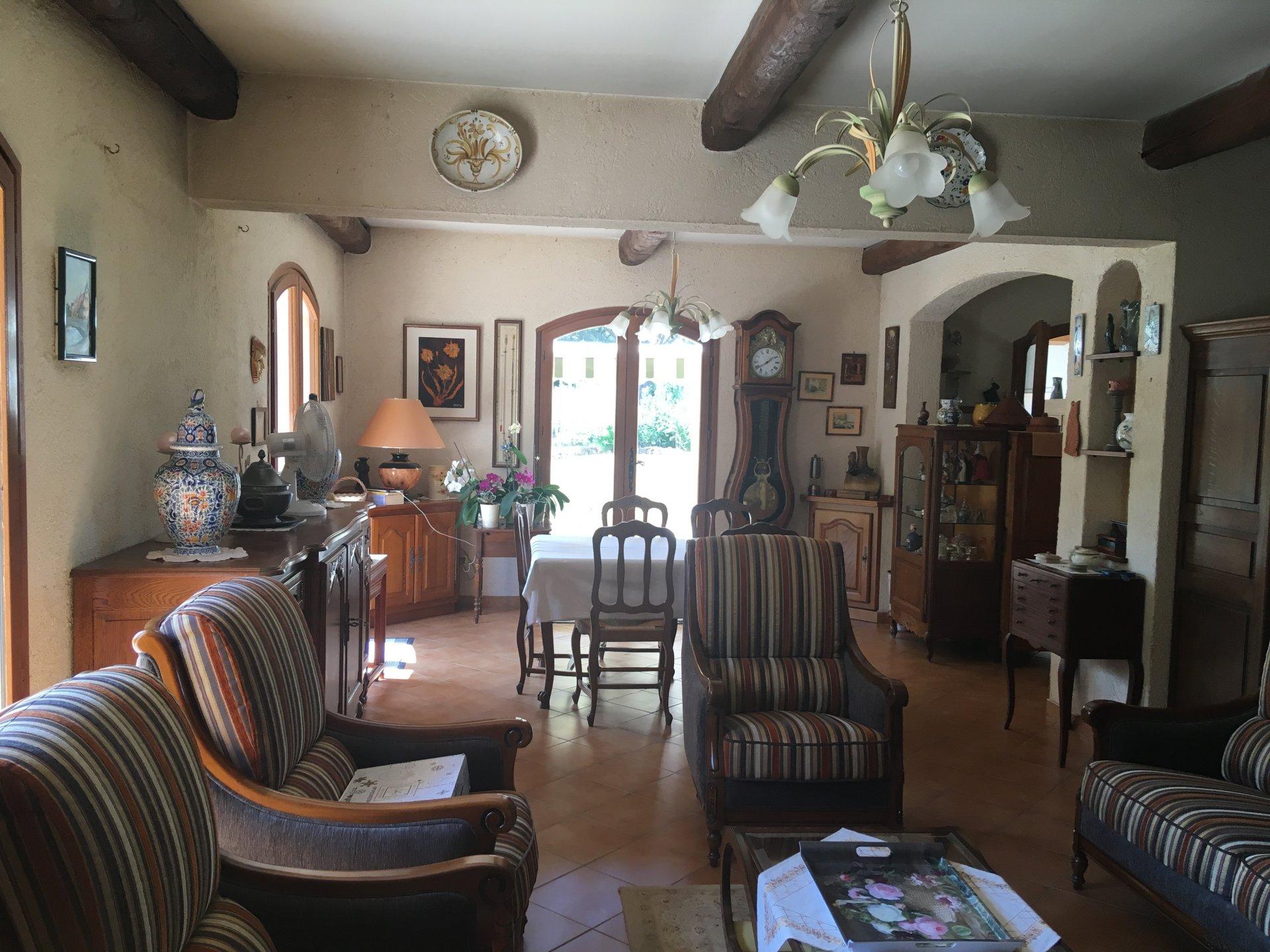 Sale Villa - Entrecasteaux
