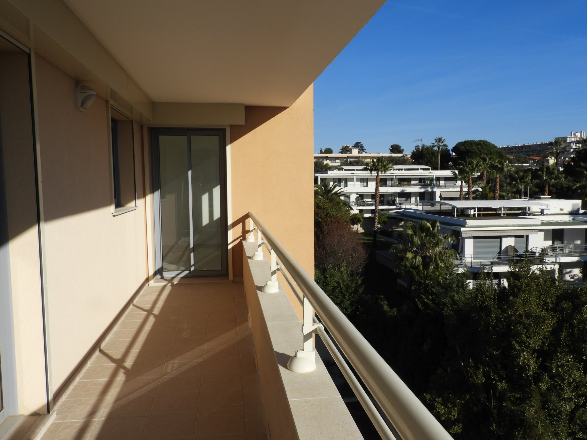 COMPLETE BUILDING JUST BUILT - ANTIBES JUAN LES PINS