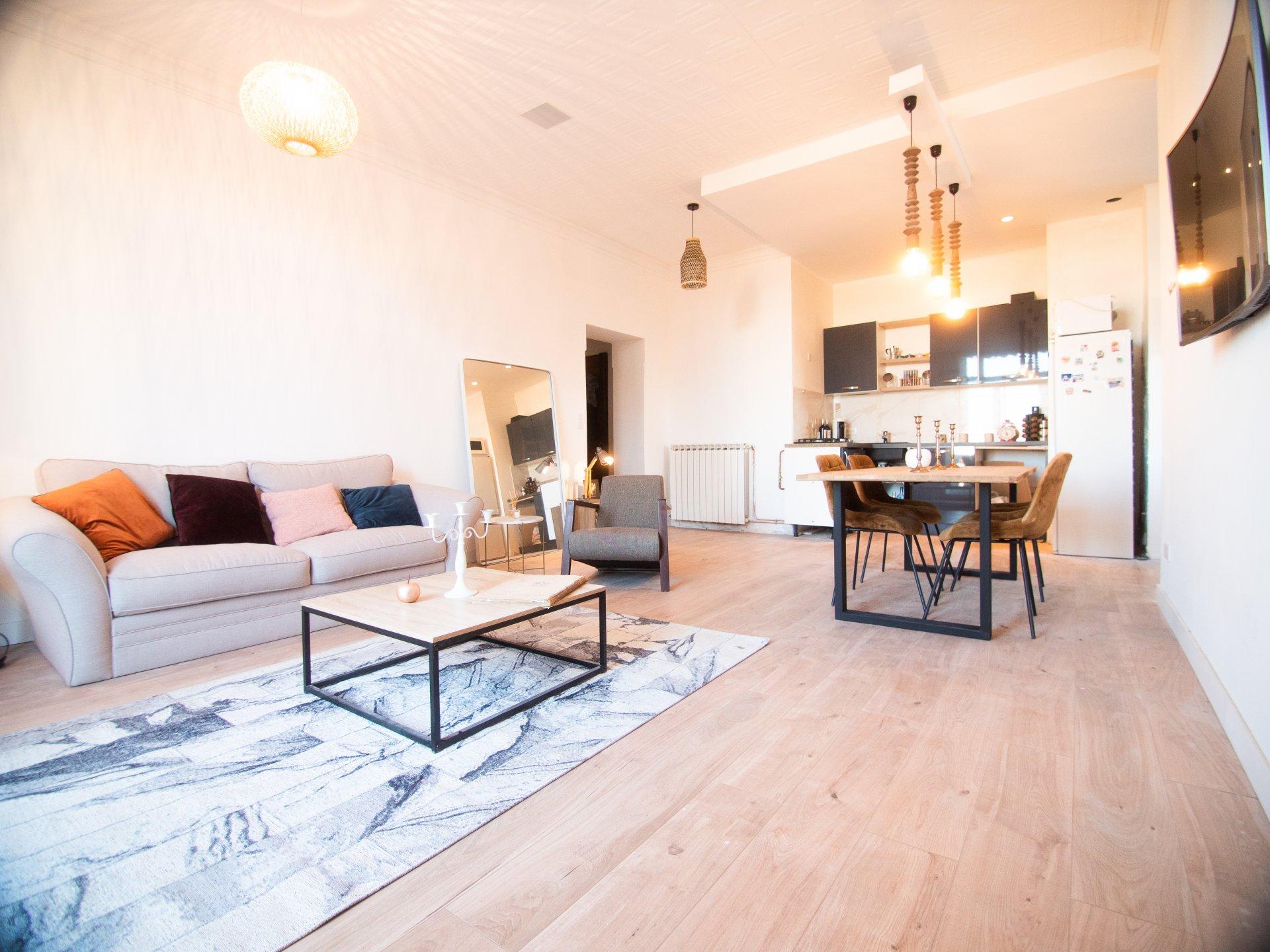 Saint Laurent du Var - Appartement - 2 pièces - 63m2