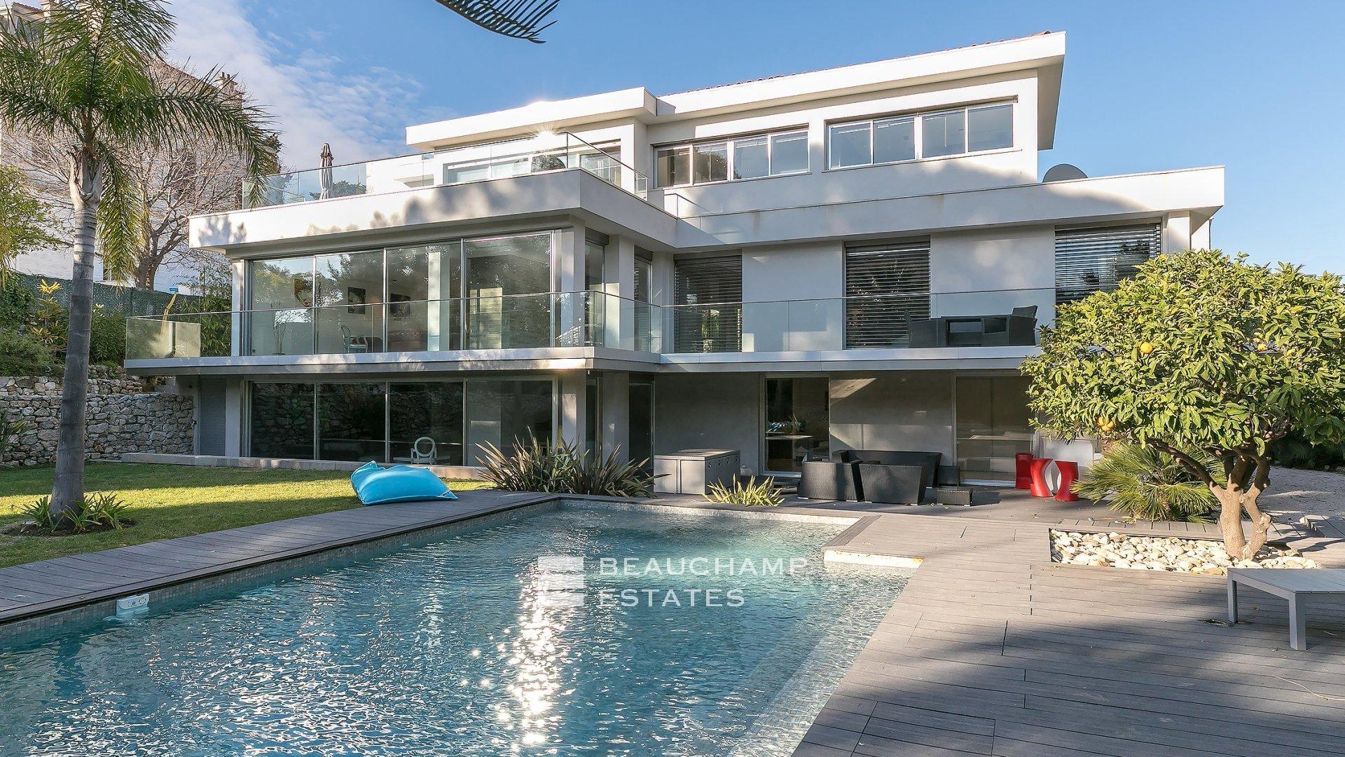 Superbe Villa Moderne de 5 Chambres en plein coeur de Cannes