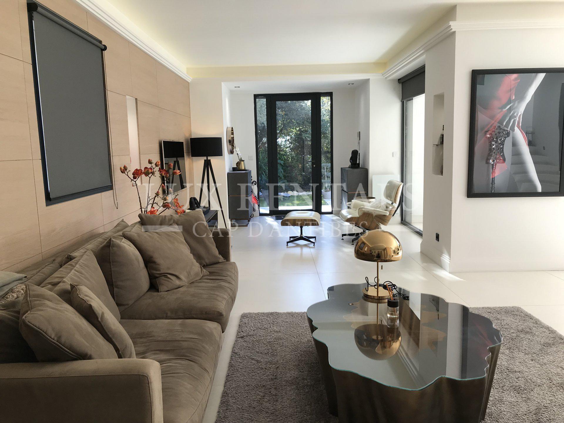 Seasonal rental Villa - Juan-les-Pins