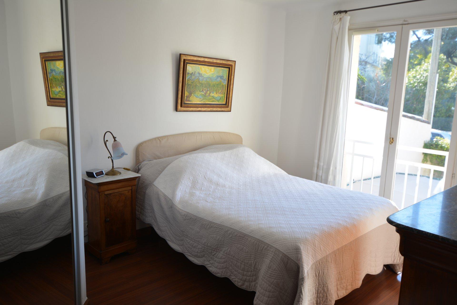 Charming villa near the beach - beginning of Cap d'Antibes