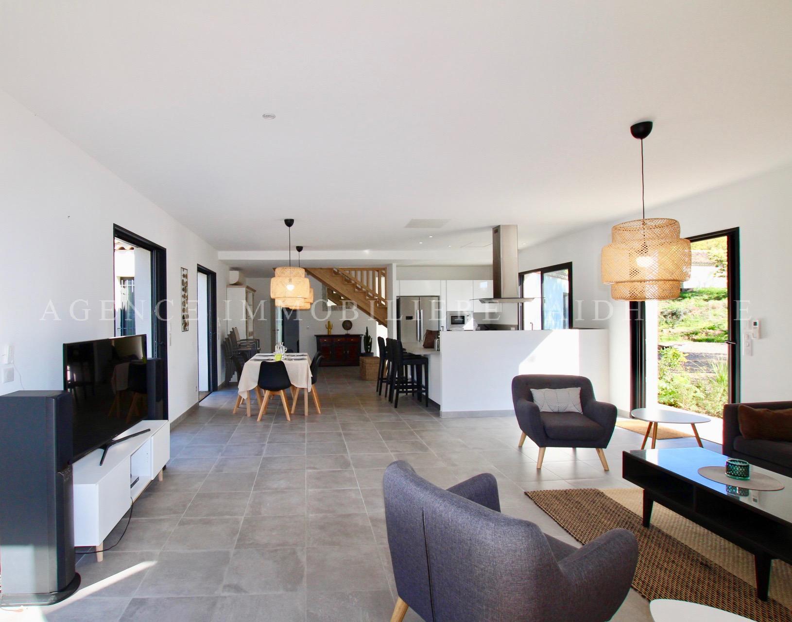 """Saint Tropez, """"les Parcs"""" villa with seaview and pool"""
