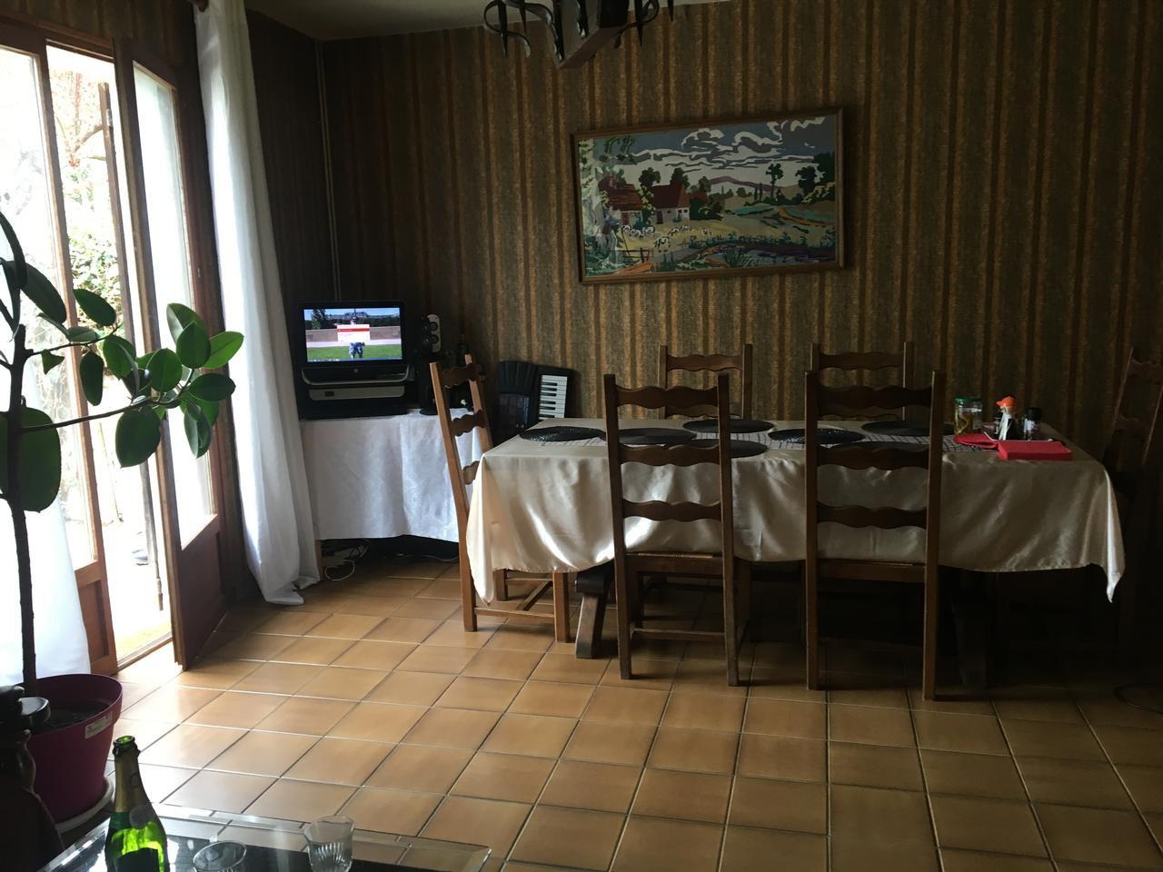 St remy les chevreuses : Maison  6 Pièce(s) 140 m²  , terrain 500 m2 , à rénover