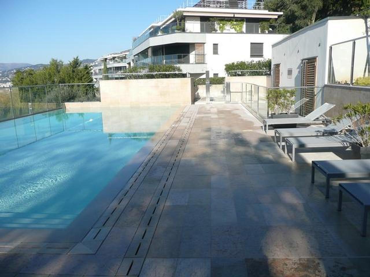 Mont boron / residence de luxe / 5 pieces / stationnements