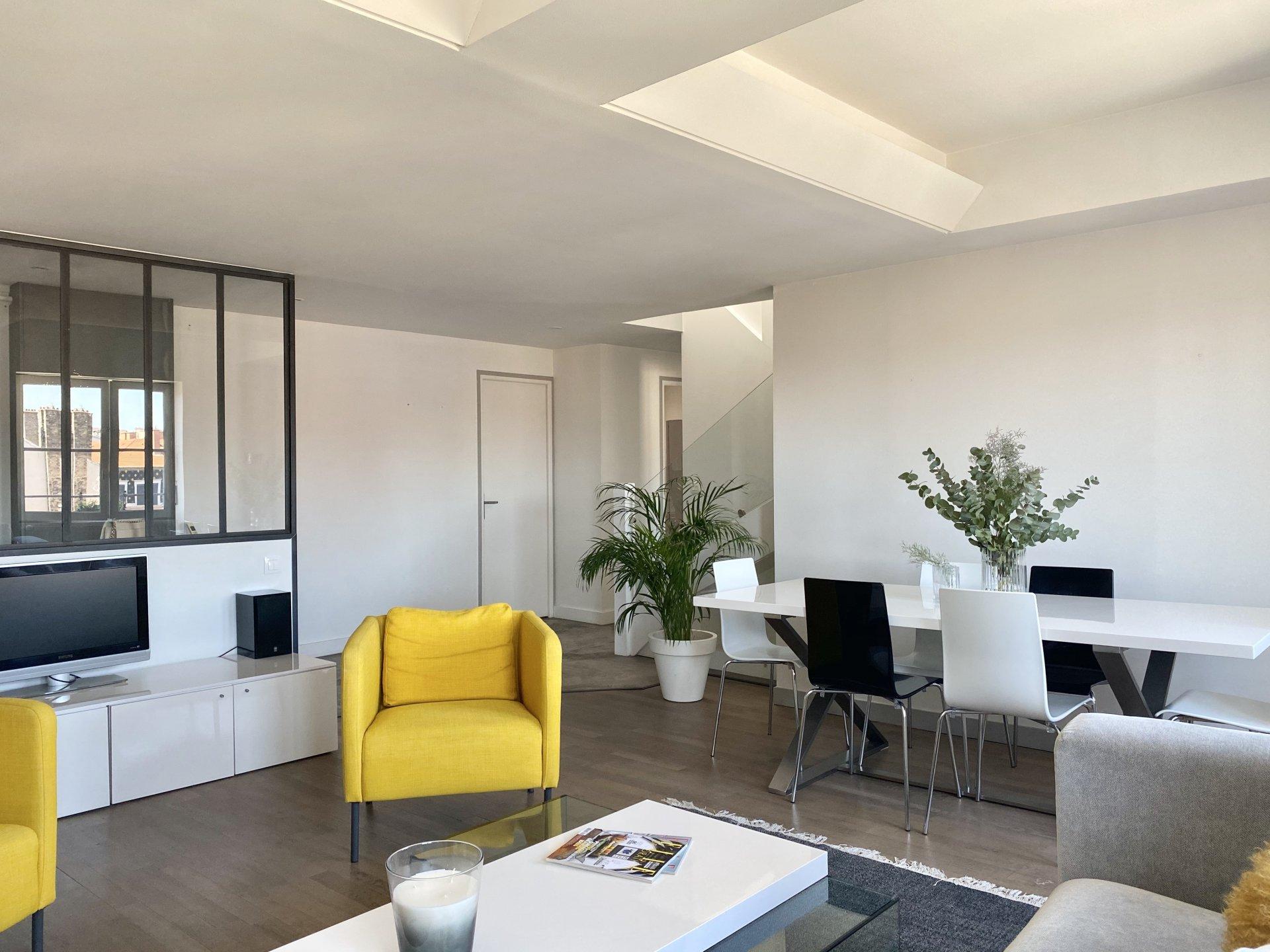 T4 meublé Place Ampère