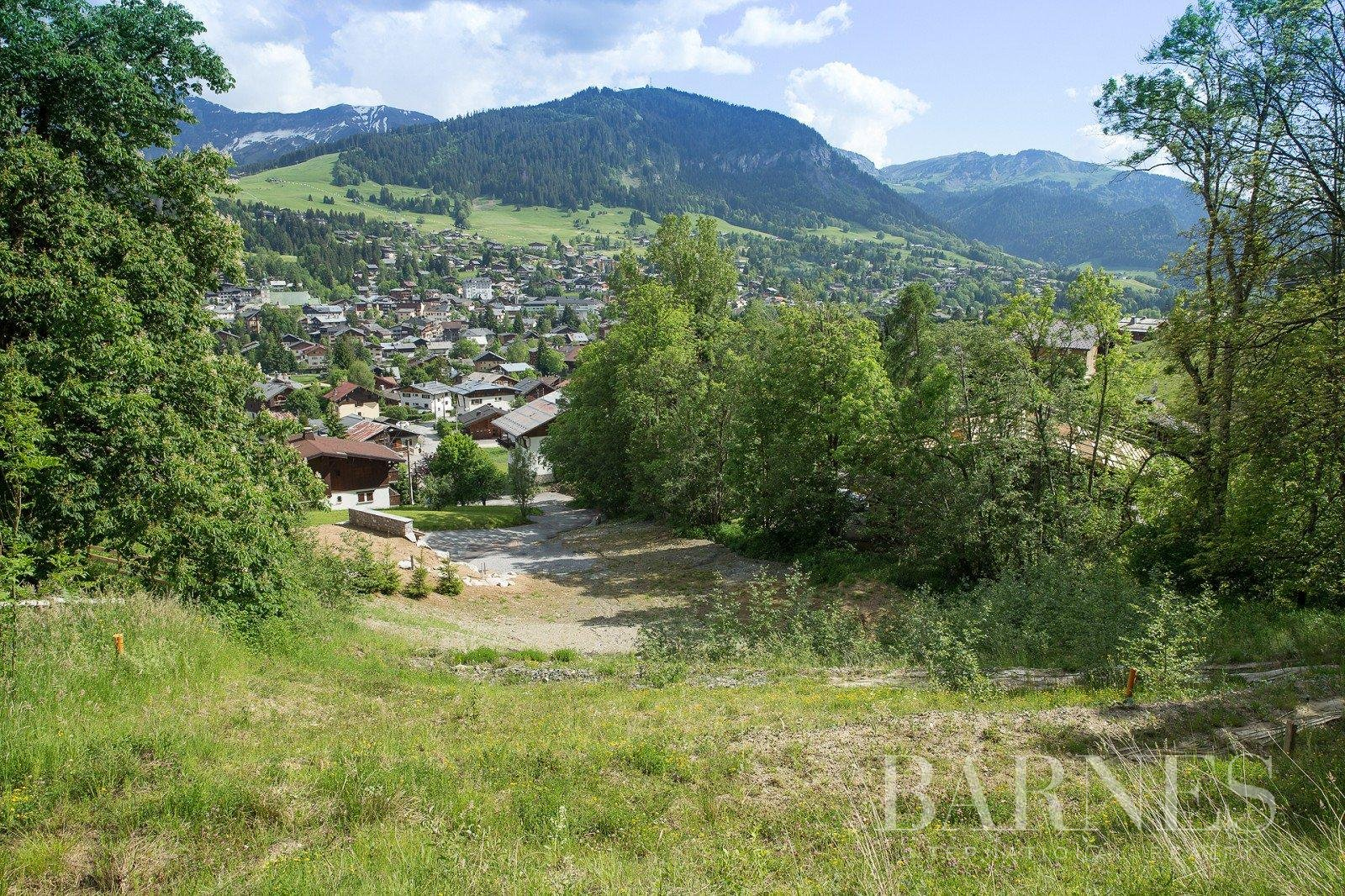 Plot of land of approx. 4,000 m² Chalet in Megeve