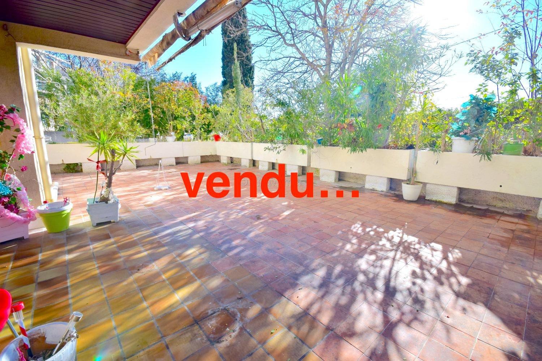 Appartement T3 en RDJ + terrasse 100m2  St Barnabé 13012 Marseille