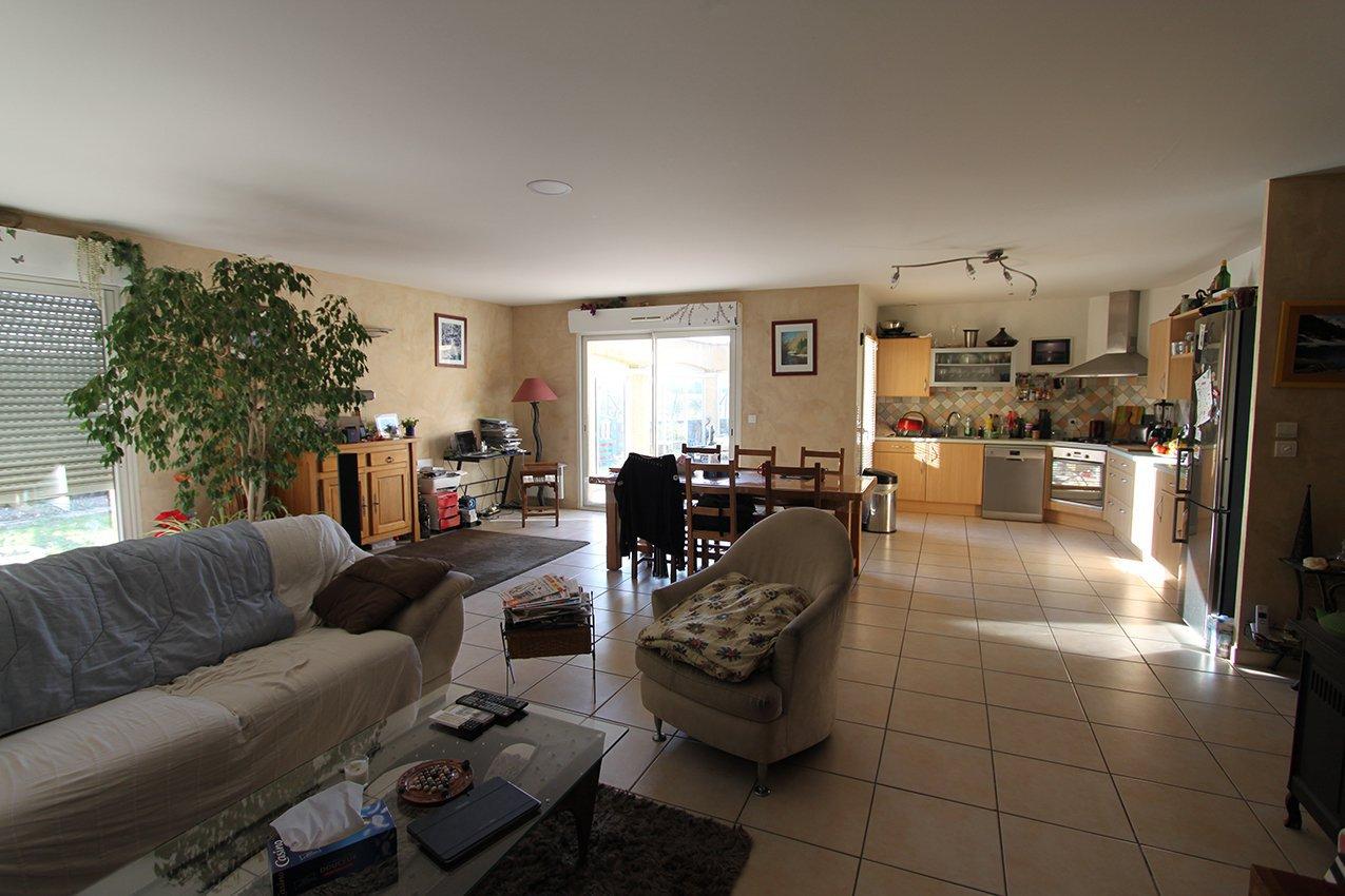 Villa 4 faces plain pied 140 m² sur 795 m² de terrain