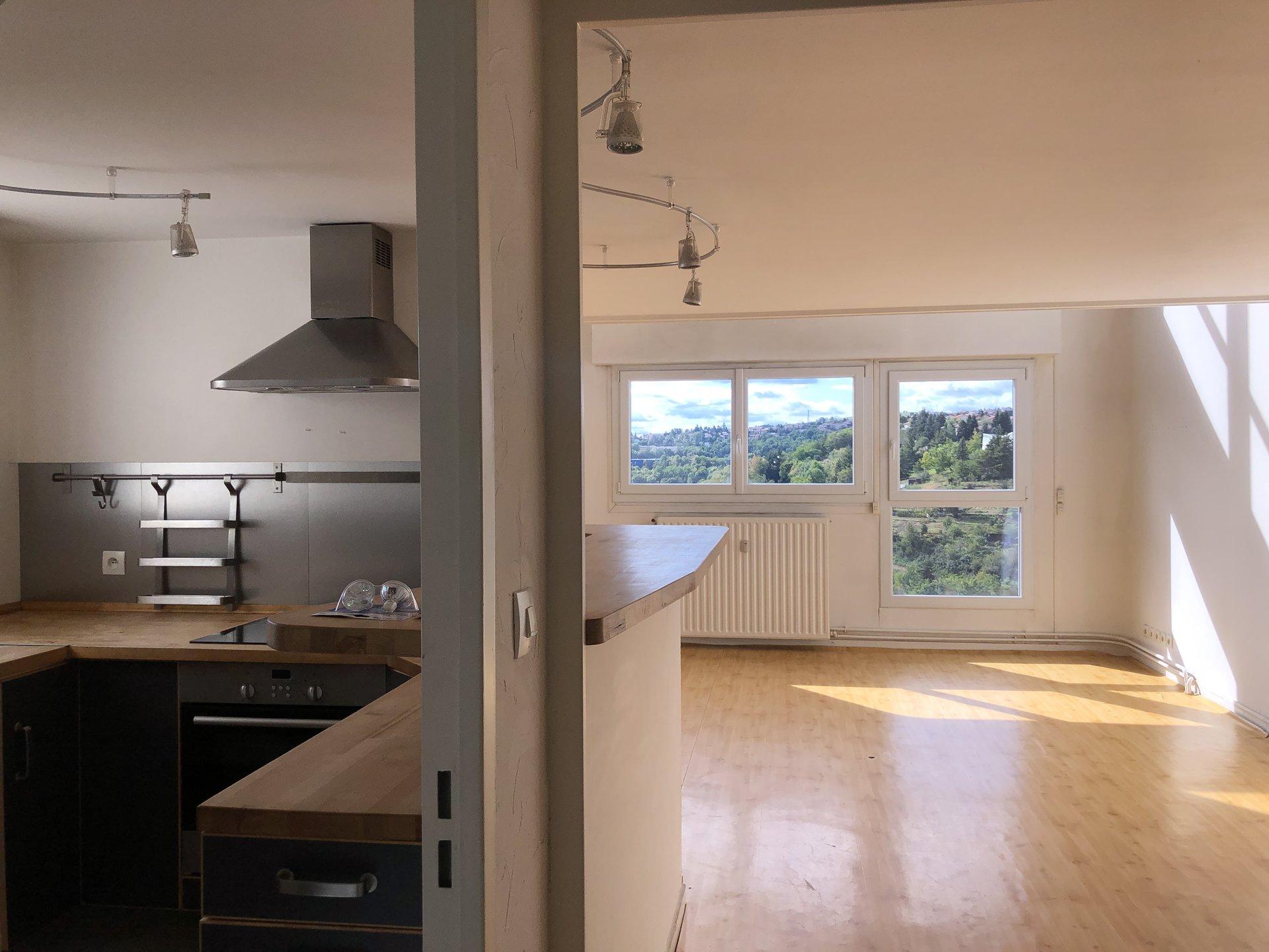 SAINT ETIENNE SUD - Appartement duplex 3 pièces 71 m² avec garage