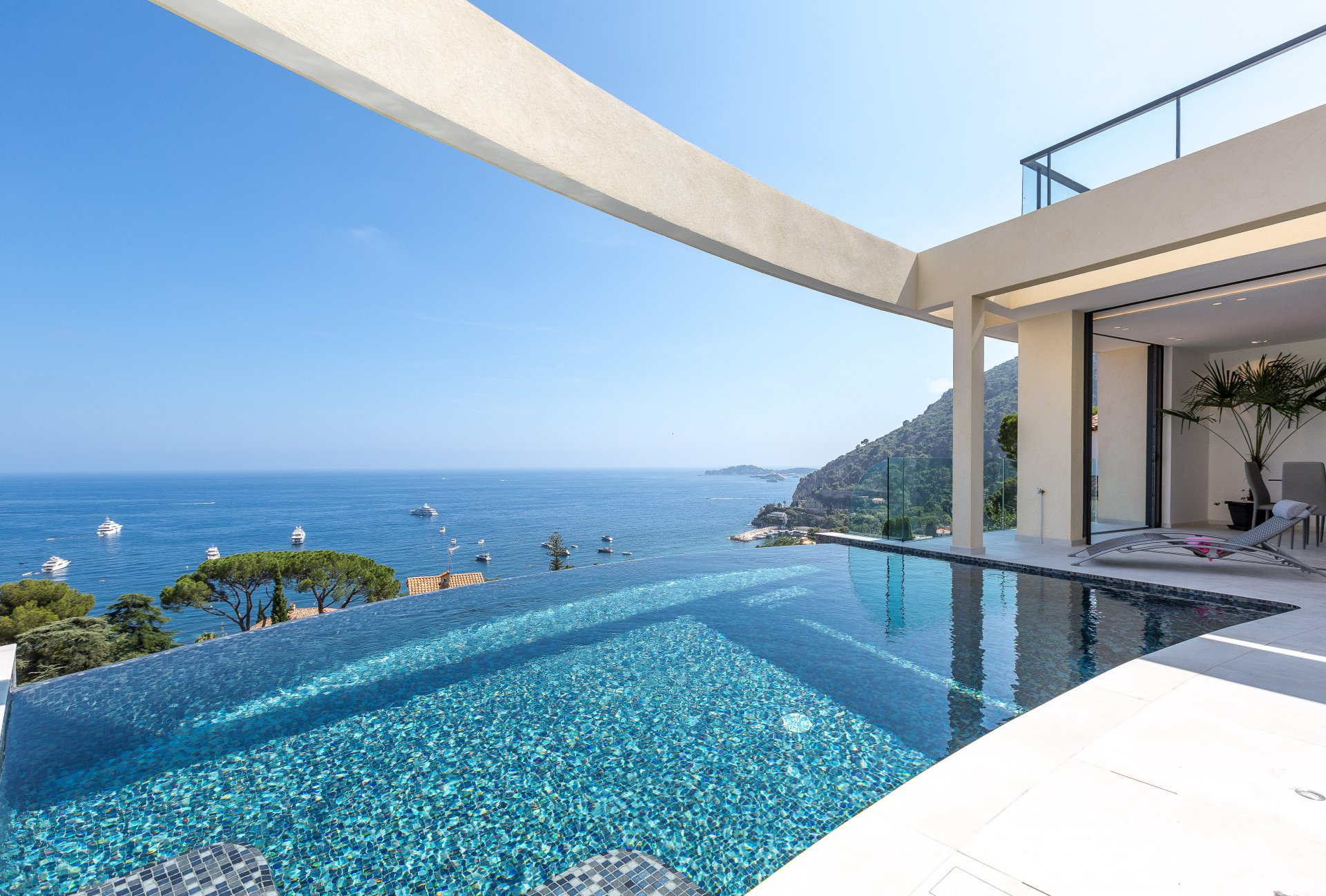 VILLA CONTEMPORAINE - EZE