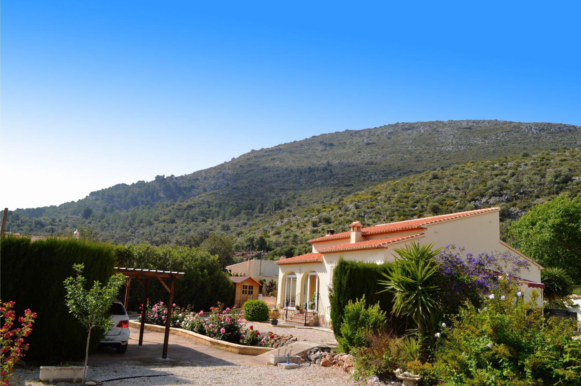 Villa de plain-pied, avec vue à 360º sur la montagne